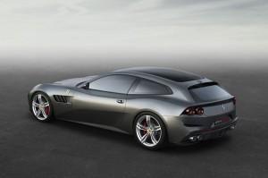 Critici del Design Anteprima Ferrari GTC4 Lusso